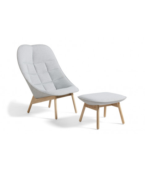 Uchiwa Quilt Lounge Chair with ottoman - Lacquered oak base - Lightgrey fabric